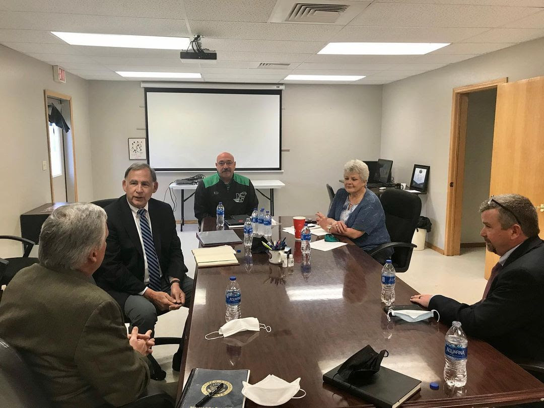 Senator Boozman visits Y-S